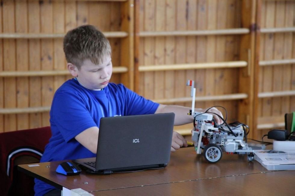В КФУ завершился республиканский этап Всероссийской робототехнической олимпиады | Медиа портал - Казанский (Приволжский) Федеральный Университет