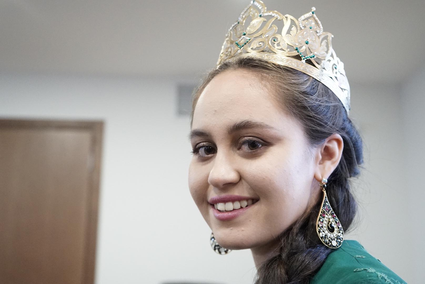 вас видеть фото с конкурса татар кызы хотела унижать перед