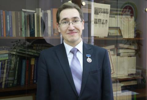 Профессор КФУ награжден медалью «Бiрлiк»