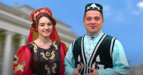 Студенты КФУ поздравили Президента Татарстана с днем рождения